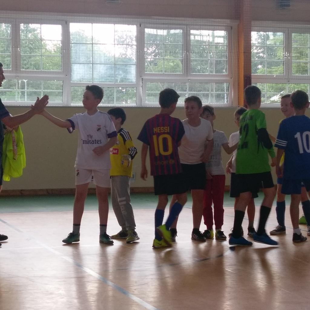 Turniej  piłkarski dla uczniów klas trzecich – promocją klasy sportowej